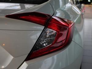 Honda Civic 1.8 Elegance CVT - Image 10