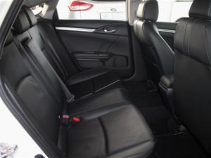 Honda Civic 1.8 Elegance CVT - Image 15