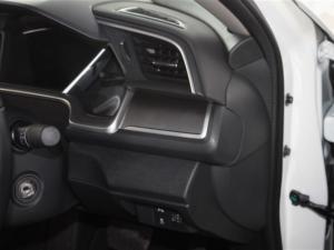 Honda Civic 1.8 Elegance CVT - Image 23