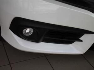 Honda Civic 1.8 Elegance CVT - Image 5