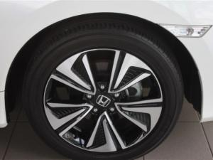 Honda Civic 1.8 Elegance CVT - Image 6