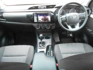 Toyota Hilux 2.4 GD-6 SRX 4X4S/C automatic - Image 5