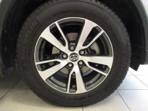 Toyota RAV4 2.0 GX automatic - Image 12
