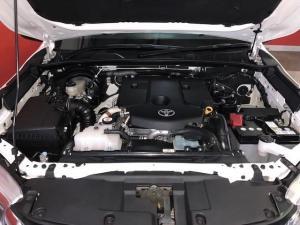 Toyota Hilux 2.8 GD-6 Raider 4X4D/C automatic - Image 12