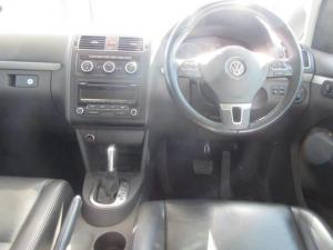 Volkswagen Touran 2.0TDI Trendline auto - Image 13