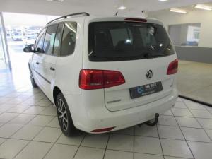 Volkswagen Touran 2.0TDI Trendline auto - Image 5