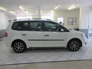 Volkswagen Touran 2.0TDI Trendline auto - Image 8