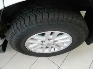Toyota Fortuner 2.5D-4D RB automatic - Image 4