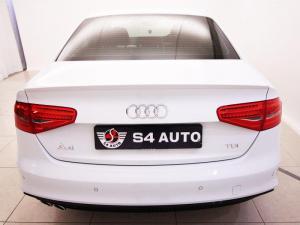 Audi A4 2.0 TDI SE - Image 5