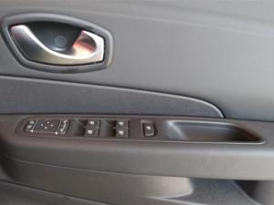 Renault Captur 1.2T Dynamique 5-Door - Image 10