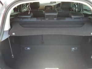 Renault Clio IV 900 T Dynamique 5-Door - Image 9