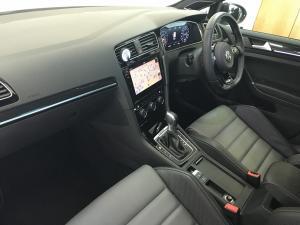 Volkswagen Golf VII 2.0 TSI R DSG - Image 13