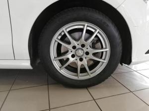 Mercedes-Benz CLA CLA200 - Image 6