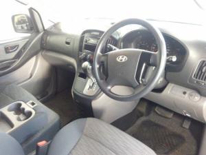 Hyundai H-1 2.5 CrdiF/C P/V automatic - Image 11