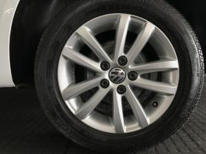 Volkswagen Polo Vivo 5-door 1.4 - Image 9