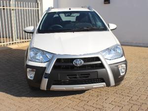 Toyota Etios Cross 1.5 Xs - Image 11