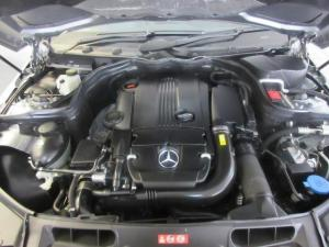 Mercedes-Benz C 180 Classic automatic - Image 12