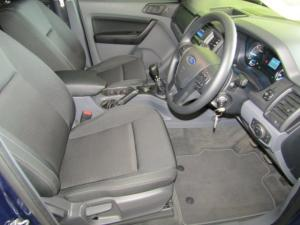Ford Everest 2.2 TdciXLS 4X4 - Image 11
