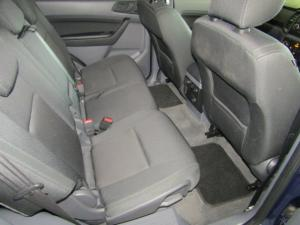 Ford Everest 2.2 TdciXLS 4X4 - Image 13