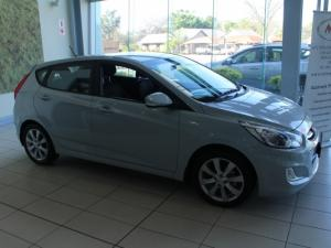 Hyundai Accent 1.6 Fluid 5-Door - Image 2