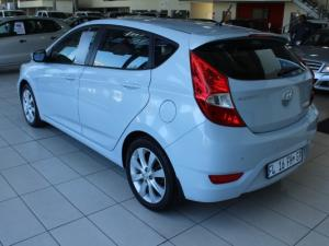 Hyundai Accent 1.6 Fluid 5-Door - Image 4