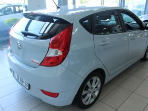 Hyundai Accent 1.6 Fluid 5-Door - Image 5