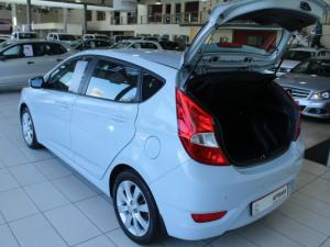 Hyundai Accent 1.6 Fluid 5-Door - Image 6