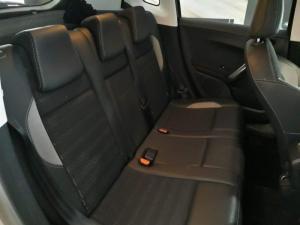 Peugeot 2008 1.6 HDi Allure - Image 8