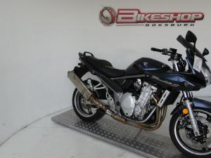 Suzuki GSF 1200S - Image 2