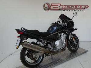 Suzuki GSF 1200S - Image 4
