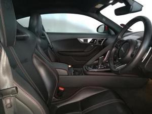 Jaguar F-Type R coupe - Image 6