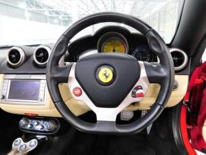 Ferrari California California - Image 10