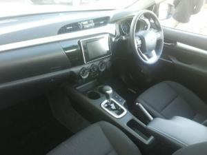 Toyota Hilux 2.8GD-6 Raider auto - Image 6