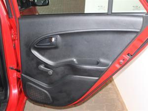 Kia Picanto 1.0 LS - Image 10