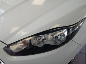 Ford Fiesta 1.0 Ecoboost Ambiente Powershift 5-Door - Image 15