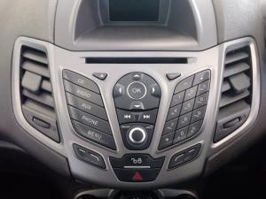 Ford Fiesta 1.0 Ecoboost Ambiente Powershift 5-Door - Image 20