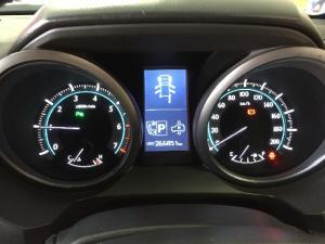 Toyota Land Cruiser Prado 4.0 VX - Image 6