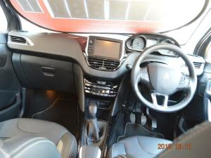 Peugeot 2008 1.6 HDi Allure - Image 5
