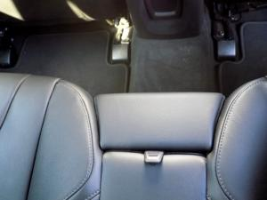 Volvo V40 CC D3 Momentum Geartronic - Image 12