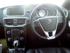 Volvo V40 CC D3 Momentum Geartronic - Image 15