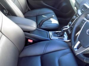 Volvo V40 CC D3 Momentum Geartronic - Image 19