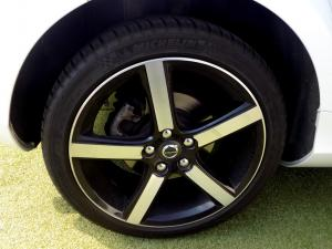 Volvo V40 CC D3 Momentum Geartronic - Image 24