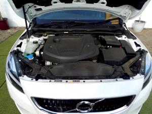 Volvo V40 CC D3 Momentum Geartronic - Image 31