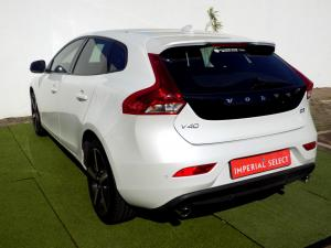 Volvo V40 CC D3 Momentum Geartronic - Image 5