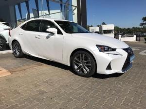 Lexus IS 200T EX/300 EX - Image 9