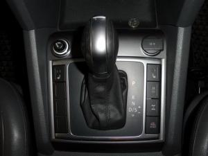 Volkswagen Amarok 2.0 Bitdi Ultimate 132KW 4MOT automatic D/C - Image 15