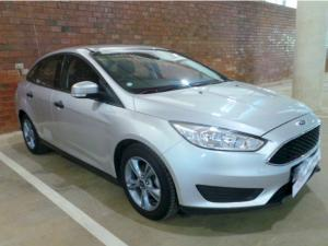 Ford Focus sedan 1.0T Ambiente auto - Image 1