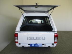 Isuzu KB 250D LeedS/C - Image 12