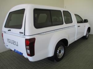Isuzu KB 250D LeedS/C - Image 17
