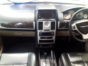 Chrysler Grand Voyager 2.8 Limited automatic - Image 7